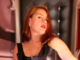 Picture of the sexy profile of KinkyLartinLove, for a very hot webcam live show !
