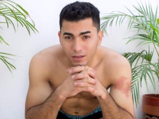 RyanSv - Show live sexy with this shaved pubis Male couple
