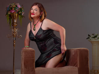 WifeAnna - online show hot with this gold hair Mature
